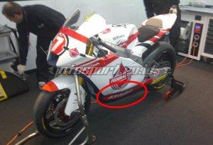 Livery motor Doni Tata Pradita di Moto2. Sumber: Otosport.