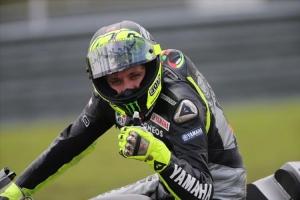 Valentino Rossi di sesi tes resmi MotoGP Sepang, 7 Februari 2013. Sumber: Crash